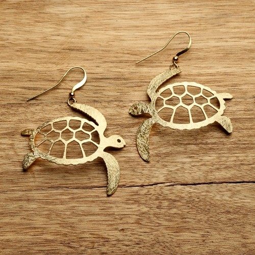 Turtle Earrings in Gold